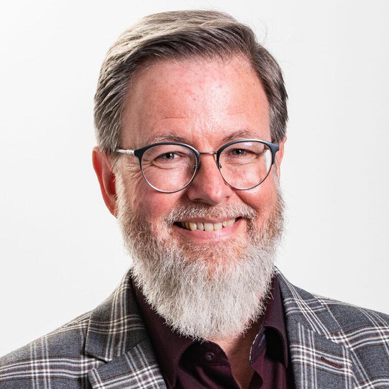 Dr Thomas Weaver